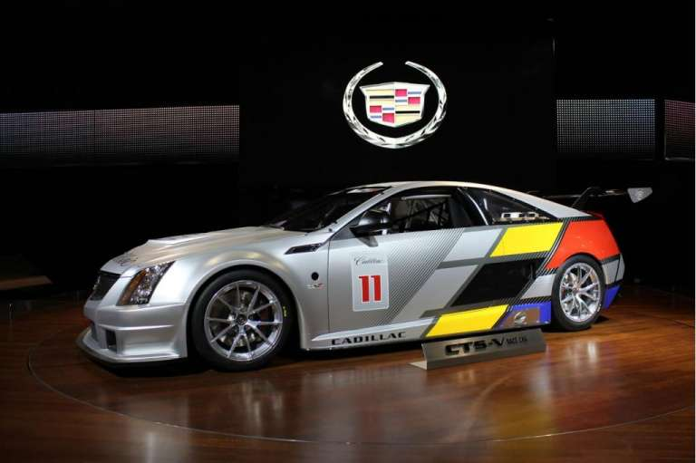 2011-cadillac-cts-v-coupe_100336579_l.jpg