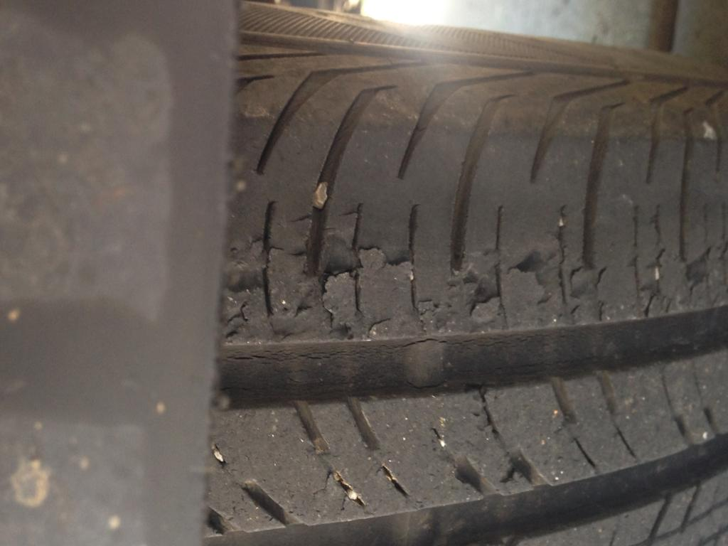 Tire Dry Rot >> Is This Dry Rot Bob Is The Oil Guy