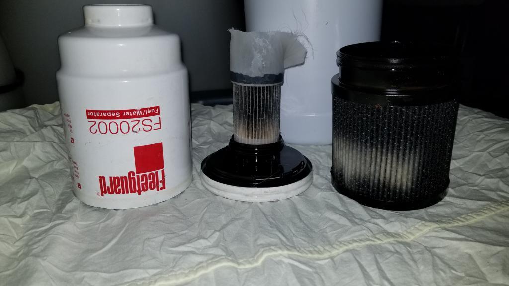 Fleetguard Fuel filter cut open - Bob Is The Oil Guy